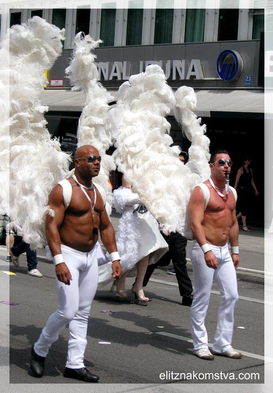 Знакомство геев в Санкт-Петербурге. Бесплатные знакомства геев и лесбия